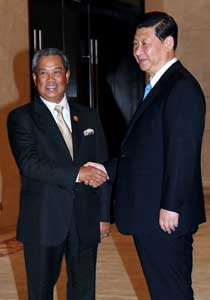 Blueprint to address flaws in education system borneopost online muhyiddin greeting chinese vice president xi jinping before the bilateral meeting at li yuan resort nanning china yesterday bernama photo malvernweather Gallery