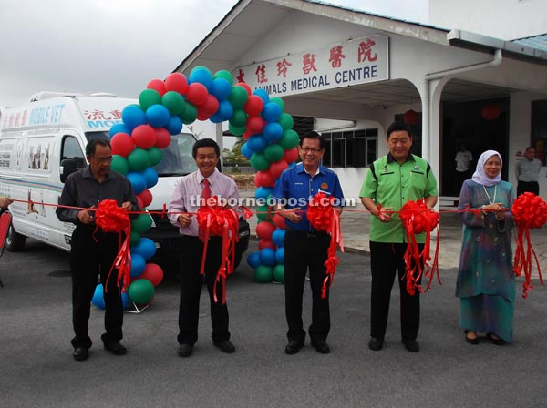 Malaysia's first mobile vet clinic launched in Miri | Borneo