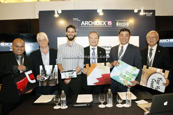 (From left) CIS Network project director Yuhanis Latif, Rogers Malaysia managing director Chris Smith, Mertens, Lim, MACEOS-CSR-Green Initiatives Sub-Committee chairman Eric Ho, and Maceos chief executive officer Amos YC Wong gather for a photo during Archidex 2015.
