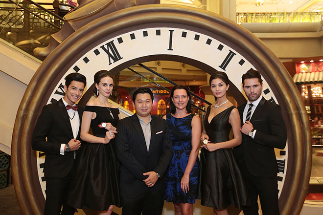 Yeoh (third left) and YTL Land sales and marketing director Paula Conway (third right) with models showcasing exquisite pieces to be featured in the coming AJTT in November.
