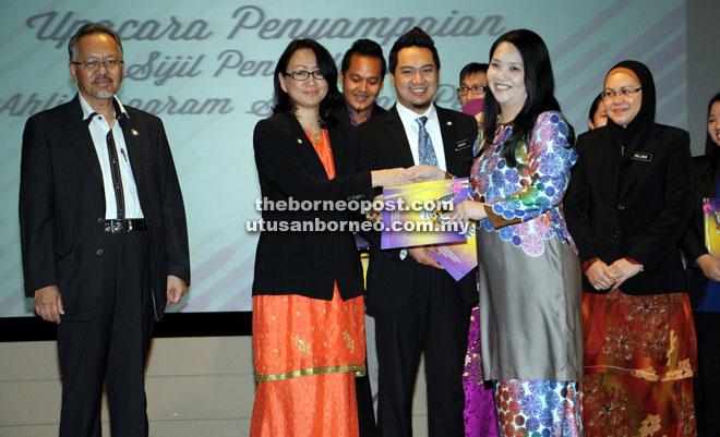 38 Pegawai Daripada Jabatan Ketua Menteri Dilantik Untuk Psp Borneo Post Online