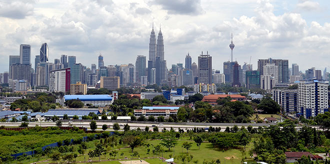 Budget 2016's expenses are expected to be slightly larger than 2015 and supportive of the domestic economy amid weak global macro environment. — Bernama photo