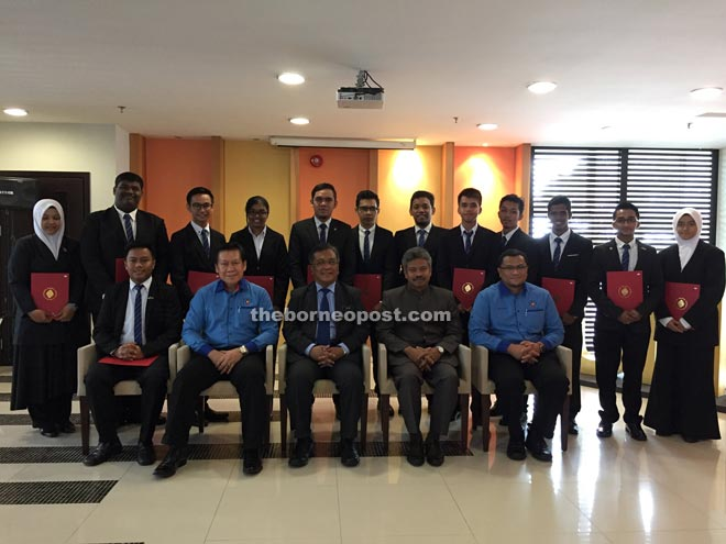 (Seated from left) Basnel, Kopli, Kadim, Rahman, Hashim and other SRC members are seen posing for a group photo.