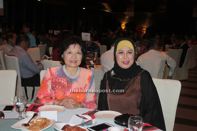 Jamilah (right) poses with Datin Wendy.