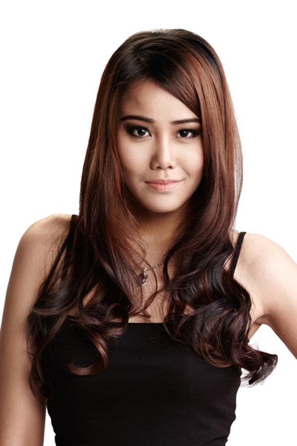 Dewi Liana Seriestha