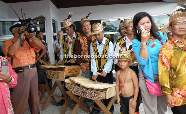 The Orang Ulu community in Mulu are among those with a rich, cultural heritage.