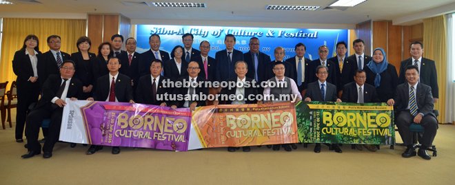 Tiong (seated fifth right) holding BCF banners together with SMC councillors.