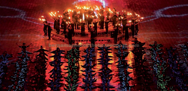 A spectacular performance at the opening ceremony. — Bernama photo