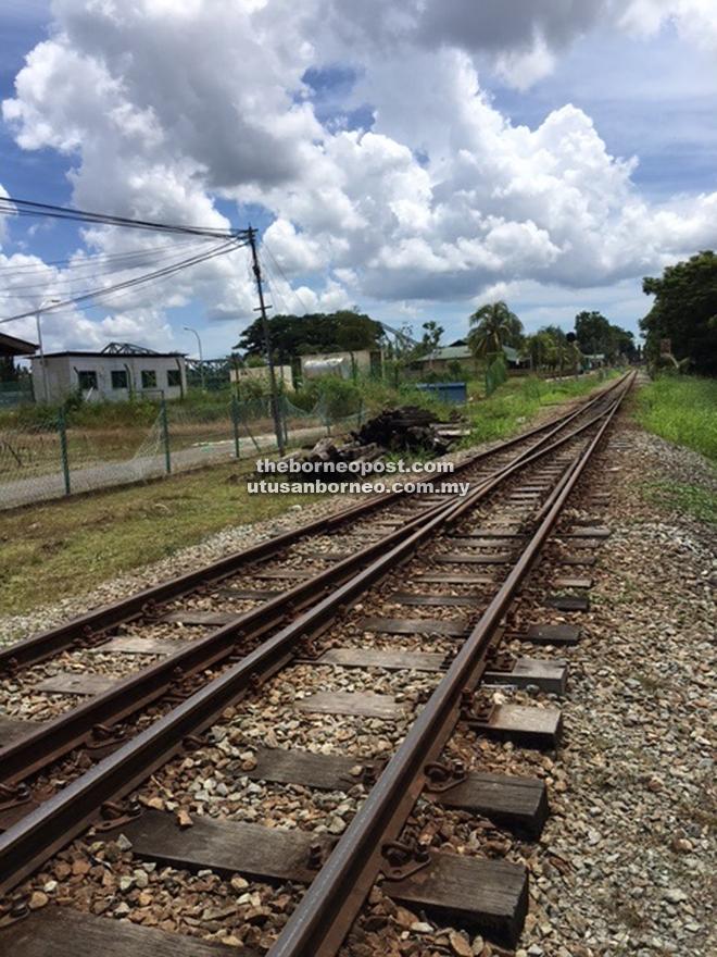 The rail passing through Beaufort.