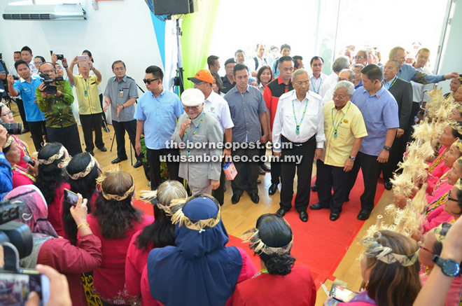Taib and Adenan arrive at HEP hall for the opening of Murum HEP.