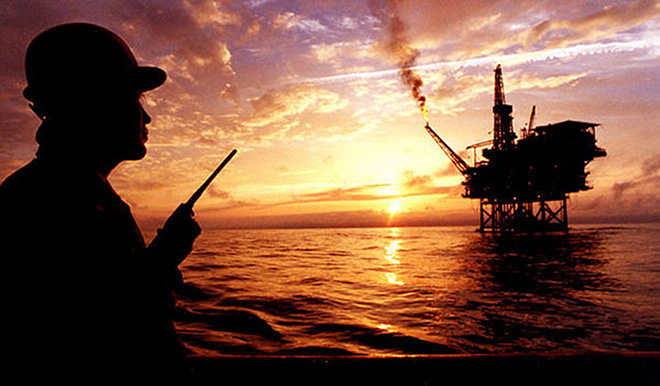An offshore oil rig like those constructed by Petronas within 12 nautical miles of the coast of Sarawak. — Bloomberg photo