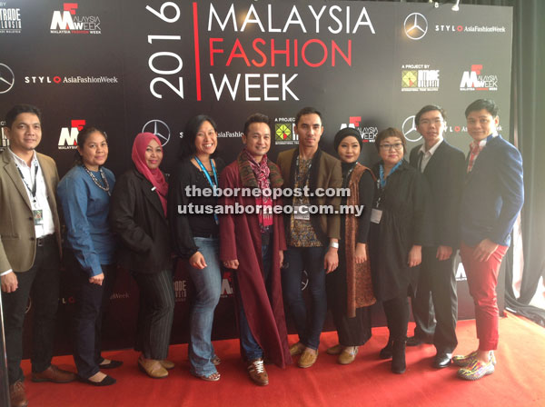 Ling (right) with other participants from Sarawak at Malaysia Fashion Week 2016.