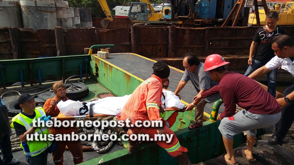Tugboat captain dies from fall while fishing | Borneo Post