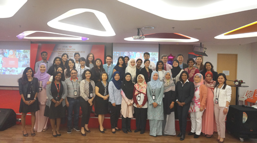 HSBC encourages professional women on a break to make career