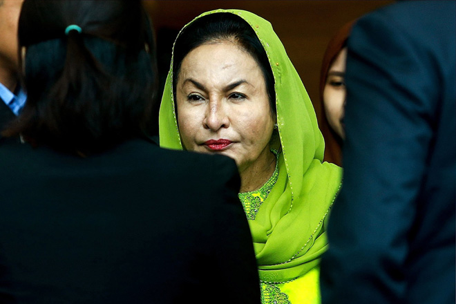 Rosmah's lawyers not informed of court charges
