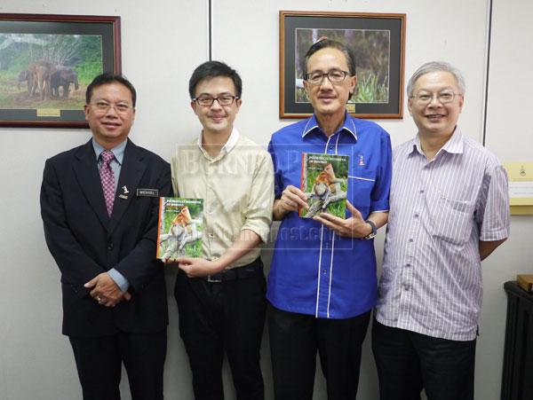 Masidi (second left), permanent secretary, Datuk Michael Emban (left), Chan Hin Ching and Datuk C.L. Chan (right) at the press launch.
