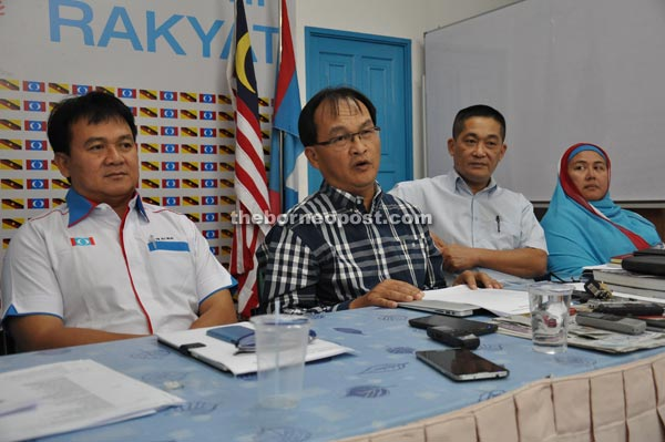Baru (second left) addressing reporters during a press conference after chairing state PKR leadership council meeting yesterday. Also seen are (from left) Ali, See and PKR national women exco member Nurhanim Hanna Mokhsen.