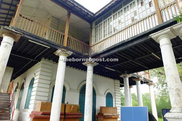 The original Chinese school in Sarawak is made with bricks and wood.