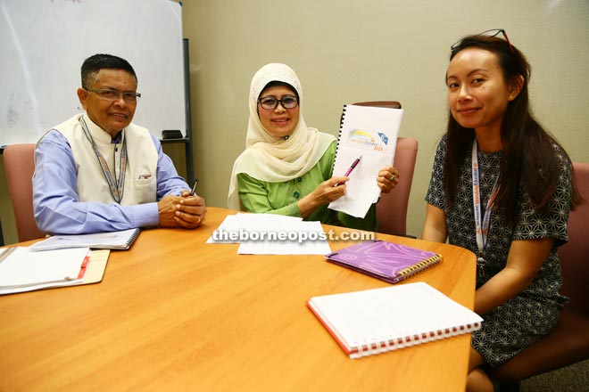 Fatimah (centre) promoting BPIEF 2016 at the press conference. With her are Dorge and Valerie. — Photo by Muhammad Rais Sanusi