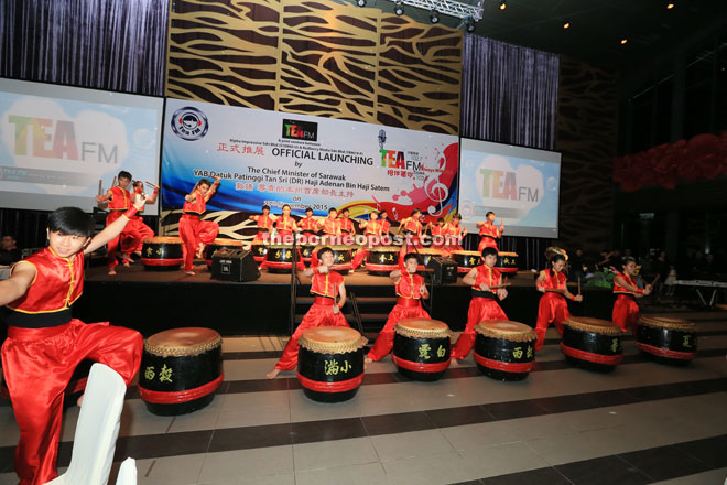 The Chinese drum performance by members of SMK Jalan Arang 24 Festive Drum announces Adenan's arrival at KTS Garden.