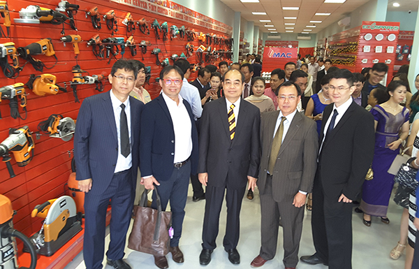 This first dedicated DIY outlet in Cambodia with a Sarawakian touch serves as the launching pad for the opening of another five in the kingdom.