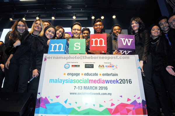 A group photo of LICT ambassador singers during the soft launch of the fifth 'Malaysia Social Media Week' at LimKokWing University of Creative Technology in Cyberjaya. — Bernama photo