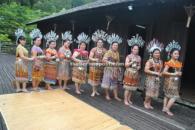 KGS ladies don a new look clad in traditional Iban costume with a new distinctive feature of beadwork.