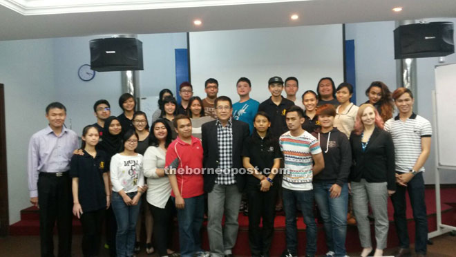 Dunstan Chan (front, centre) flanked by SEGi law students. Lecturer David Bong is on the left and head of school Donna Elizabeth is at front, right.