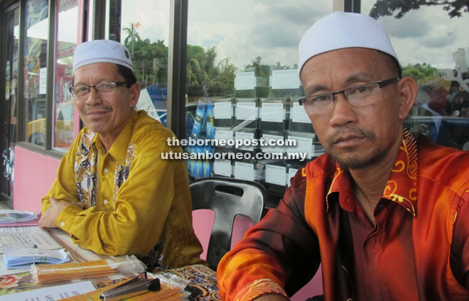 From right: Mohd Tahir Apong and Murin Jurih.