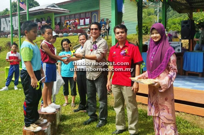 Engage students in activities, teachers told | Borneo Post