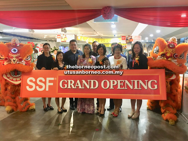 At The Opening Of Sunway Putra Mall Are From Left Area Manager Lim Hui San Branch Executive Sally Low Bee Showroom Edi Ling Chee Seng