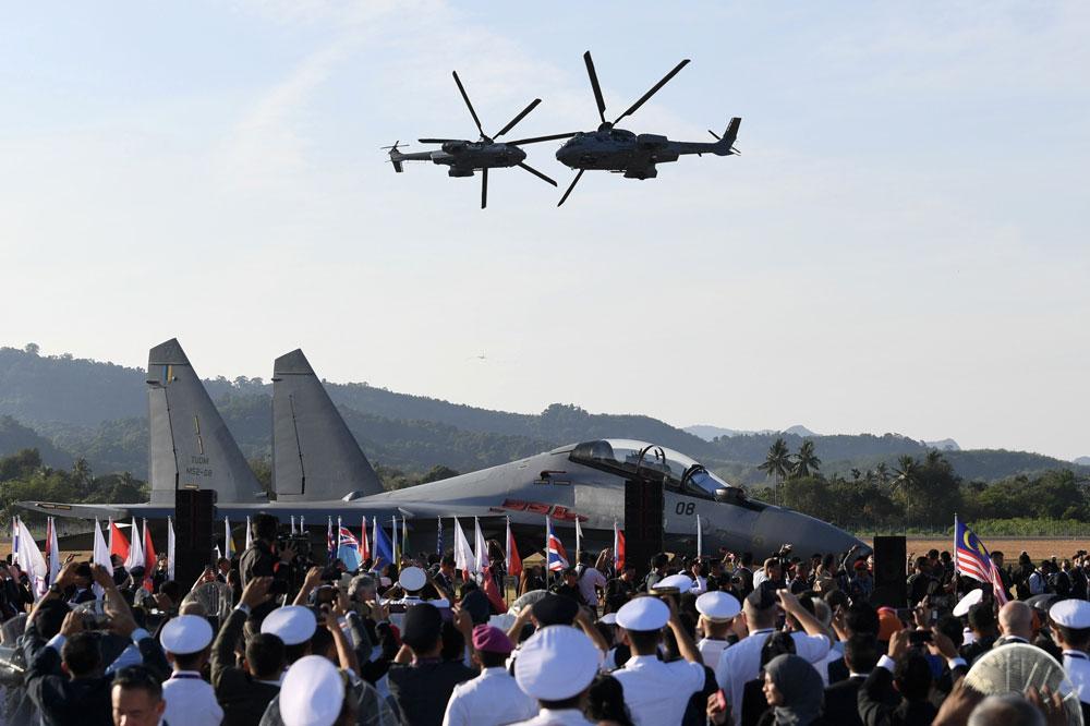 Malaysian Aerospace Back On The Radar Borneo Post Online