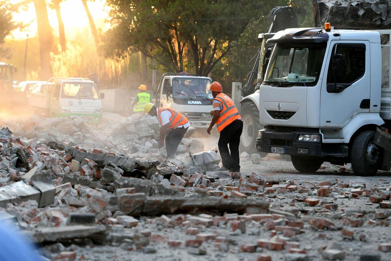 5.6-magnitude quake in Albania injures 68