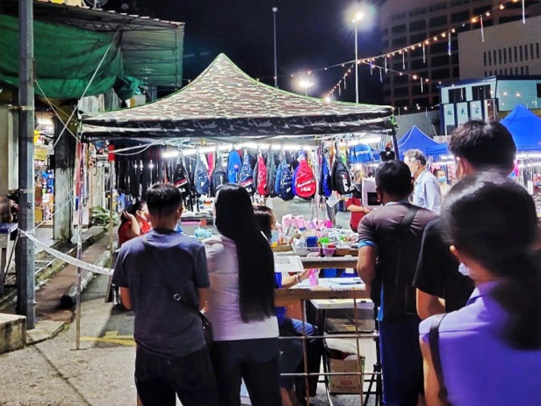 Sibu Butterfly Garden night market
