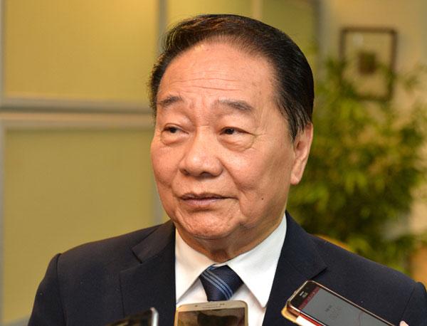 Stop using 'herd immunity', Wong tells SDMC - Borneo Post Online